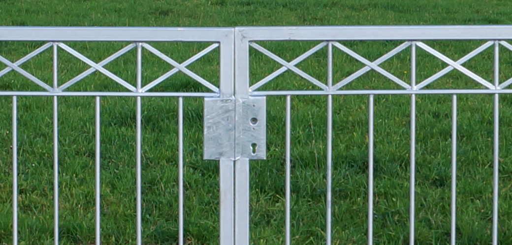 Gartentor hoftor tor metall modern crossline ft600 120 - Gartentor modern ...