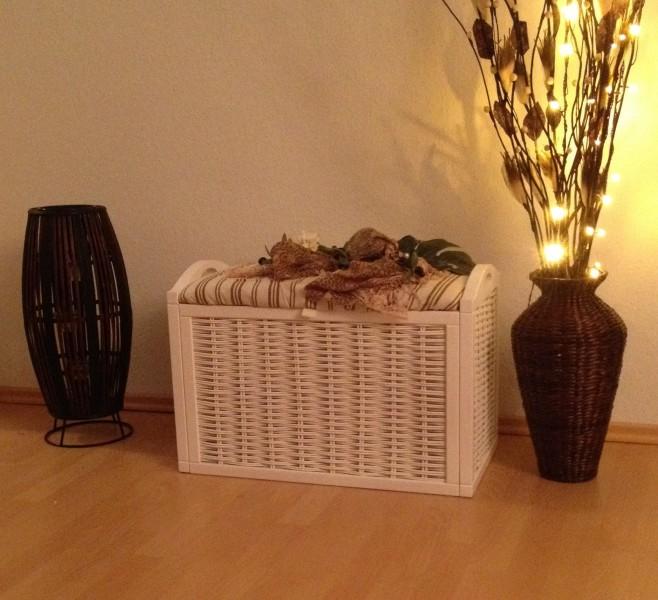 sitztruhe sitzbank truhe spielzeugtruhe w schekorb lena wei ambiente im haus w schekorb. Black Bedroom Furniture Sets. Home Design Ideas